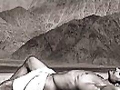 Vidyut Jamwal caught without Underwear