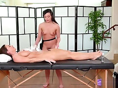 Hottie Abigail and Whitney loves 69 pussy licking position