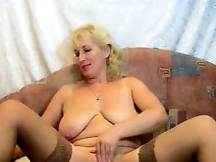 51RUSSIAN milkers breast 2