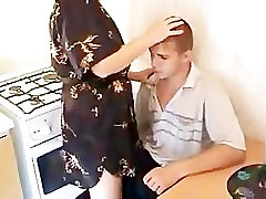 Anyja Tanítja lány