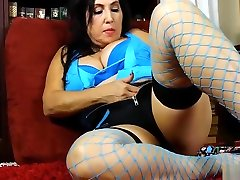 Sexy old spunker loves to talk dirty & fuck her fat pussy