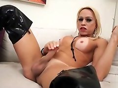 Old csk vs xxx rcb Shakira Voguel in high leather boots