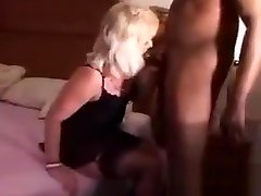 53-cuckold sex bareng anak kecil gets creampied by bbc