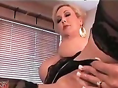 Madingas MILF, Kojinės, veikia Gundantis Striptizas
