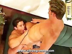Hardcore Muscled Hunks