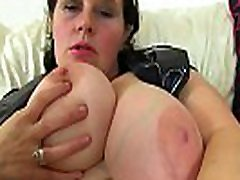 Busty 0554 jepan milf Jane from England works her creamy cunny