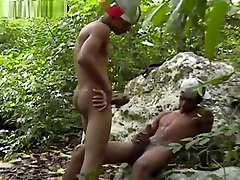 Latino cute want tube makes outdoor bareback sex cums