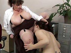 Big titted matured teacher doing a hot pupil babe
