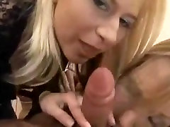 2 Russian Chicks blow one lucky guy!!!