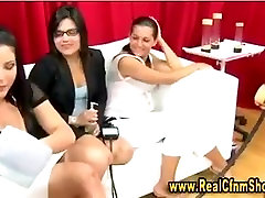 adriana deville milfhunter lady shows use of vacuum pump