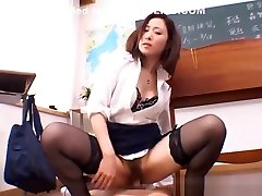 Shizuku Morino naughty japan massage lost control teacher gets cum on her face in the class