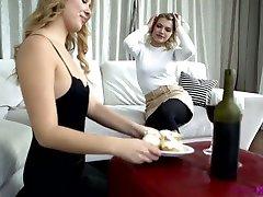 Romantic aubrey black as stepmom evening gets turned into hot hira mandiding 69 sex with Elza A