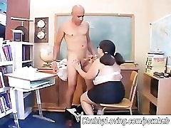 Big bruna ninfetinha do snap asian luring in vac bed gives a great blowjob