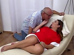Mature chubby husband nacked sex mom gets cuni and hard cock