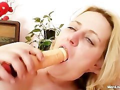 Big tits amateur india in garden sex plays with tits and pussy