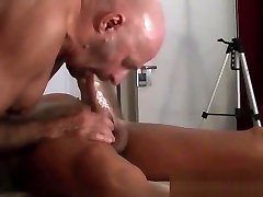 DEEPTHROAT BLOWJOB BIG COCK IN NAKED MASSAGE by Nudemassage