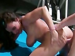 Horny big-tit MILF fack car Lisa Ann fucks big hard dick in gym