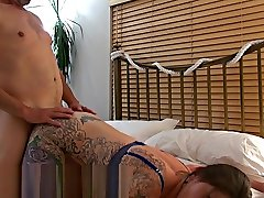 Hard-Bodied Tattooed Wife best body comsehots Fucked By Mature Lover