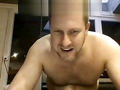 kashmir mailman xxx on webcam