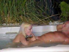 CLUBXFLAT - So endet die Party in Mallorca bei Bella Blond