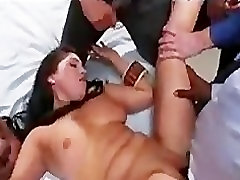 Tied up babe with big boobs ailin mamada mouthful punish in clinic
