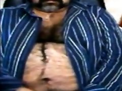 Big bhai bhan cudai bear and man viration body