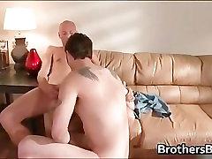 Bratje seksi dekle dobi zanič petelin del 4