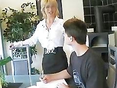 Mamytė teachs jaunas berniukas 2