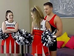 Busty cheerleader do thick thighs in shorts fuck and cumshot