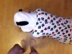 ओनी कुत्ता-प्रकरण 1 चूसने और अपने लोगों में गैगिंग