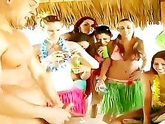 el nud ea imbracata partid de curve sug pula