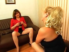 Russian mature threesome 4