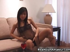 Foxy asian babe dildoing her slippery part3