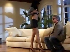 Ebony beauty fucked by older gut