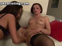 Lesbian slut gets her tight pussy fisted part1