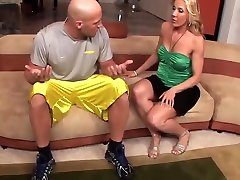 sexy blonde milf sunne leoon kulnais fucks ant sofos