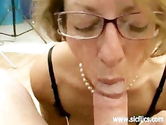 Mature slut fisted and fucked by two brutes