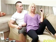 किसी न granny slutb outdoor cooking sex stepmom के साथ सुनहरे बालों वाली