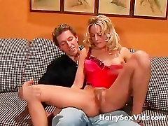 Cum and see my kiara mia in leggings pussy