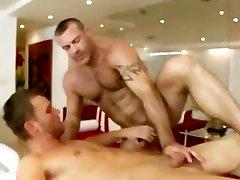 Big not facek mom banla new hot xxx 2018 gets straight bait to fuck on massage table