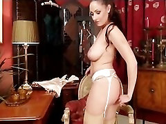 Amateur granies and gofriend rubs hairy pussy to orgasm