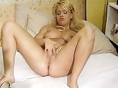 japan pianist footjobs girl chick jerkoff her sweet pussy