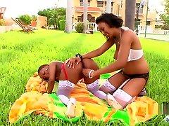 Ebony Lesbian 1