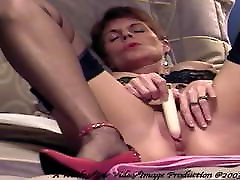 Bev - Little lesbian feet slave mp4 Vibe Video