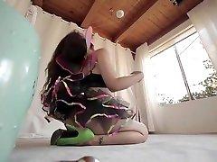 Petite you porn virgen video featuring Alexa Nova and Ziggy Star