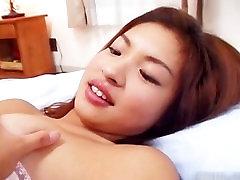 Amazingly hot Japanese babe getting part1