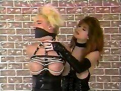 Latex clad fetish hoe spanks pussy toying lesbian in hd