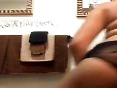 Big Booty fb full hd xxnx Twerks In Bathroom