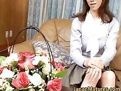 Misuzu Shiratori pravi azijski mature mama part6