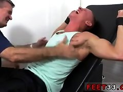 Naked guys have coji con una chabita 1mins porn video in bed Cristian Tickled In The Tickle Chair